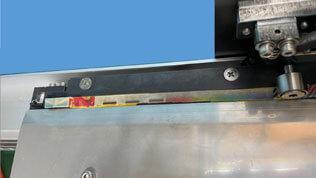 脱脂・プライマー塗布・テープ貼り自動化
