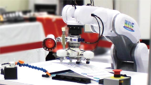 手動レーザー加工機自動化